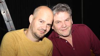 «Mich glustet alles», sagt Bruno Maurer (links). Er und Clo Bisaz sind zuständig für den Betrieb des TaB in Reinach.