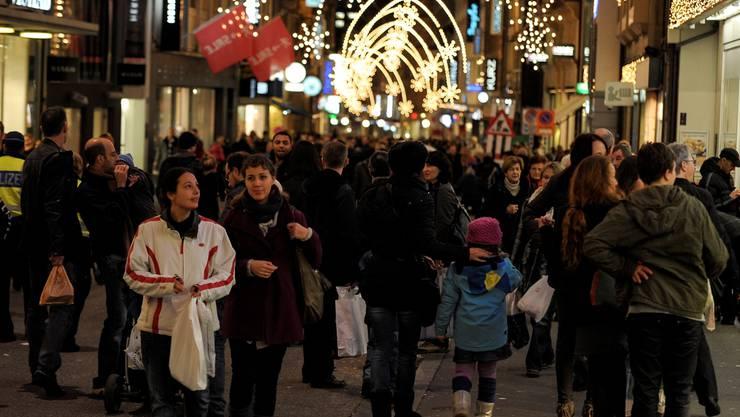 Zwei Advent-Sonntagsverkäufe sollen gesetzlich verankert werden.