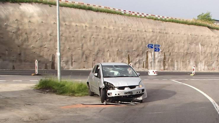 Das Unfallauto in Sins.