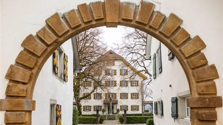 Das Schloss Böttstein steht unter neuer Führung. Am bewährten Konzept soll festgehalten werden. Sandra Ardizzone