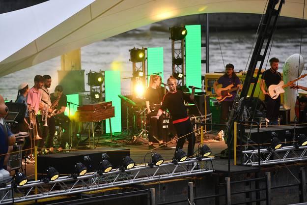 Die Eröffnung des Festivals Im Fluss mit Lo & Leduc.