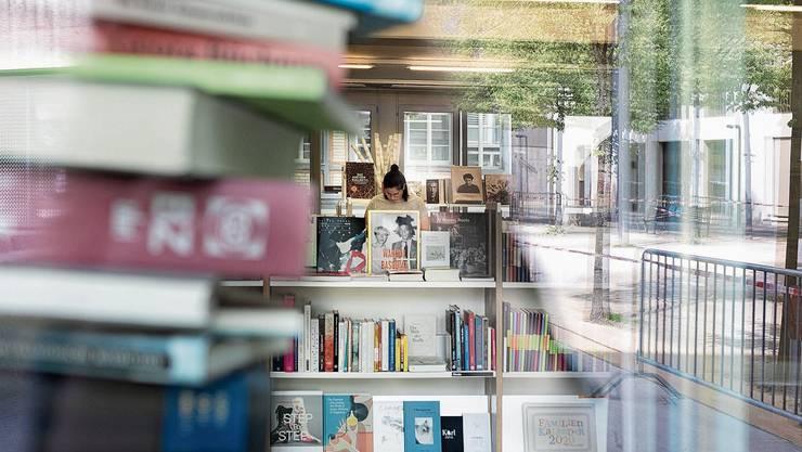 Das Gewerbe kehrt in kleinen Schritten zurück zur Normalität, wie hier die Buchhandlung Librium in Baden.