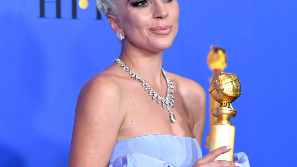 Lady Gaga räumt mit «Shallow» ab