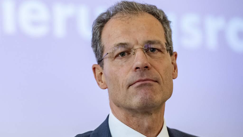 Der Kanton Luzern mit Finanzdirektor Reto Wyss soll für Härtefälle in der Coronakrise 25 Millionen Franken Hilfsgelder bereithalten. (Archivbild)
