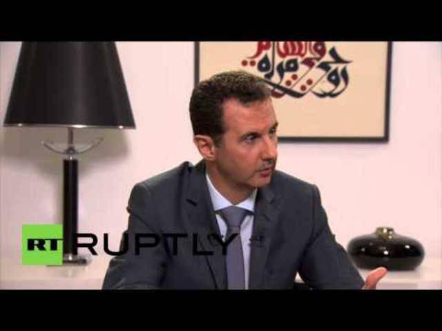 Hier sagt Assad, dass es keine Einigung geben kann, solange sich die Aufständigen nicht ergeben