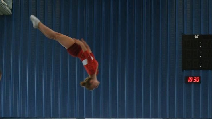 Tabea Grossenbacher springt auf Rang Sieben in der höchsten Stärkeklasse