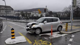 Bei der Bahnhofbrücke kam es zur Kollision: Beide Autofahrer gaben an, grünes Licht gehabt zu haben.