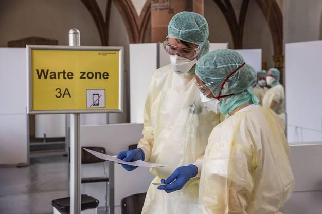Auch um das benachbarte Universitätsspital zu entlasten, werden hier die Corona-Tests durchgeführt.