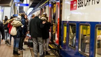 Warm anziehen: In einigen Zügen der Zürcher S-Bahn wird es zwei Grad kälter.