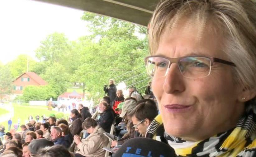 Promis gratulieren dem FC Aarau zum Aufstieg