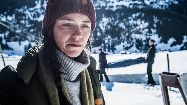 Die Ermittlerin Rosa (Sarah Spale) muss im Bergdorf, in dem sie aufgewachsen ist, einen Mord und eine Entführung aufklären. SRF/Oscar Alessio