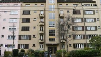 Eine Zürcherin (30) hatte ihre Wohnung untervermietet und verreiste nach Hawaii. Statt selber einzuziehen, richtete ihr Untermieter Heiko S. in der Wohnung ein illegales Bordell ein.