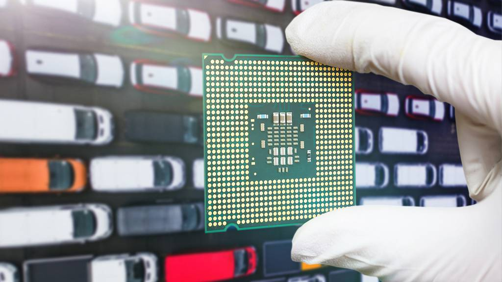 Chipmangel in Autoindustrie / Detailhandel macht Millionen-Umsatz während Corona