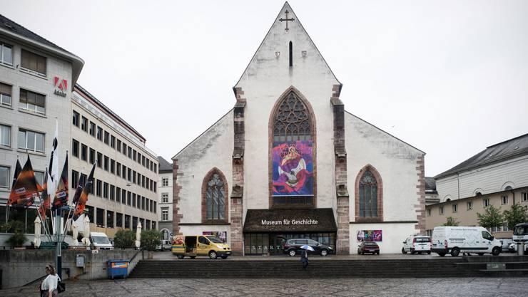 Die Geschäftsprüfungskommission des Grossen Rates rügt das Präsidialdepartement für die mangelhafte Führung der Basler Museen. Im Bild das Historische Museum am Barfüsserplatz.