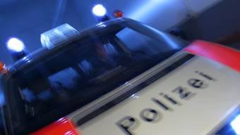 Die Zürcher Stadtpolizei musste am Donnerstag wegen einer Auseinandersetzung im Kreis 11 ausrücken. (Symbolbild)
