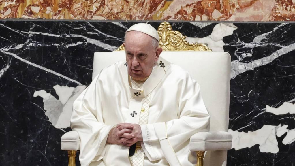Papst Franziskus bei einer Heilige Messe im Petersdom. Foto: Giuseppe Lami/ANSA Pool/AP/dpa