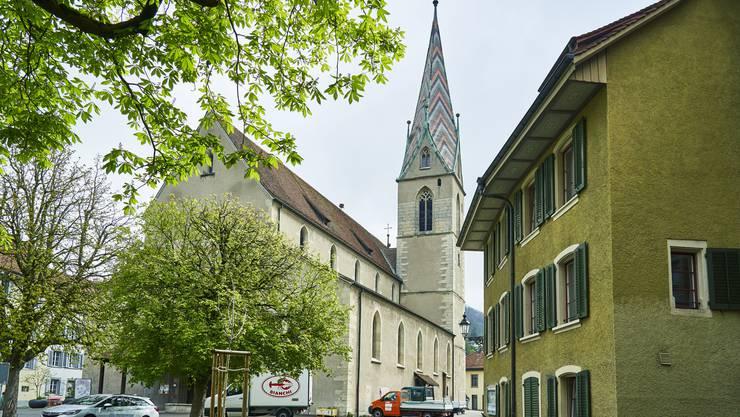 Keimzelle der Altstadt: Die katholische Stadtpfarrkirche Maria Himmelfahrt.