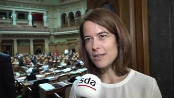 Schon kurz nach der Wahl von Ignazio Cassis als neuer Bundesrat formulieren die anderen Parteien ihre Erwartungen an das neue Regierungsmitglied. Doch trotz EU-Dossier und fremden Richtern ist auch Freude über die rasche, ungefährdete Wahl zu spüren.