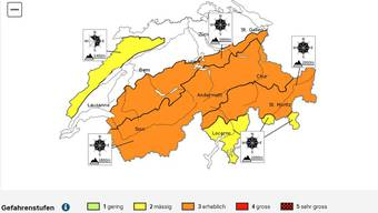 Die Lawinensituation in den Alpen bleibt weiterhin angespannt.