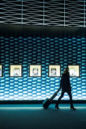 Eindrückliche Ausstellungspavillons lassen die Luxusuhren im besten Licht erscheinen.