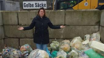Plastikberge sollen schon bald verschwinden: Tina Prause setzt sich für ein plastikfreies Küssaberg ein. zvg