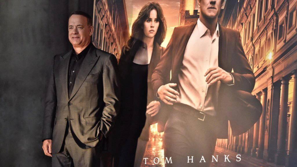 Tom Hanks am Donnerstag in Florenz vor dem Plakat zur neuesten Dan-Brown-Verfilmung «Inferno».