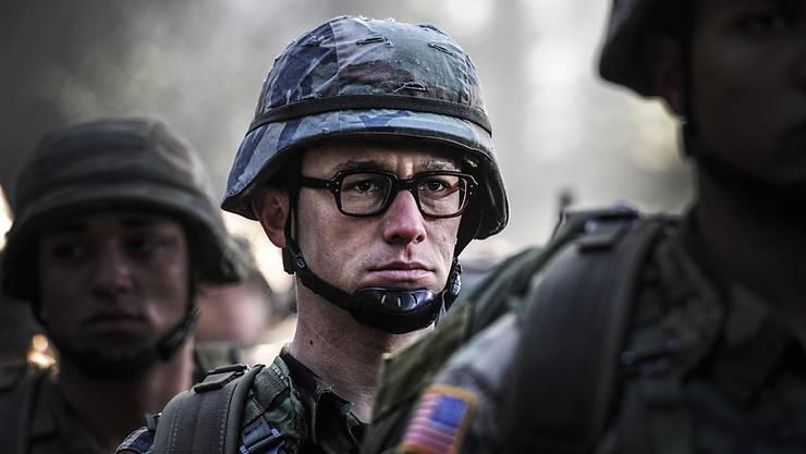 """Joseph Gordon-Levitt in """"Snowden"""". Der Film stieg am Wochenende in der Deutschschweiz auf Platz vier der Kinocharts ein. Allerdings läuft er auch nur in halb so vielen Kinos wie """"Finding Dory"""". (Archivbild)"""