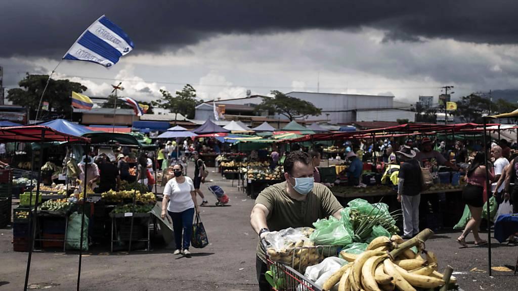 Costa Rica stoppt Lockerungen von Corona-Massnahmen