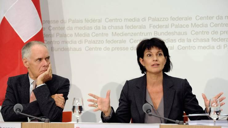 Schaut skeptisch: Doris Leuthard tritt in die Fussstapfen von Moritz Leuenberger als Umweltministerin.