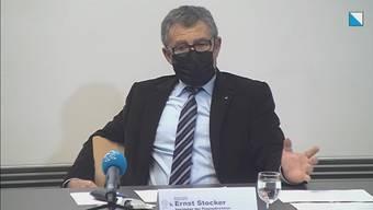 Die Finanzdirektion des Kantons Zürich erläutert das Vorgehen zur Auszahlung von Härtefallhilfen in zwei Phasen. Die zweite Phase beginnt anfangs Februar.
