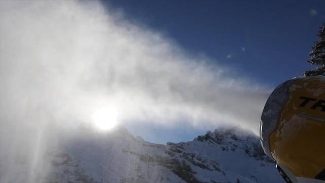 Technische Beschneiung von Skigebieten läuft derzeit auf Hochtouren