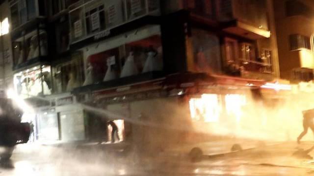 Gewalt zwischen Polizei und Demonstranten in Istanbul (Archivbild)