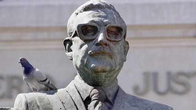 Statue von Chiles einstigem Präsidenten Salvador Allende (Archiv)