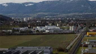 Ein Graben durchs Wasseramt? Blick aus Subingen nach Derendingen, Zuchwil und Solothurn.