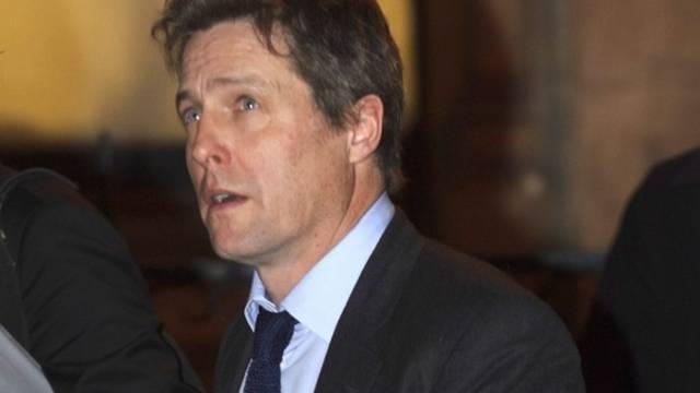 Hugh Grant nach der Anhörung durch die Untersuchungskommission