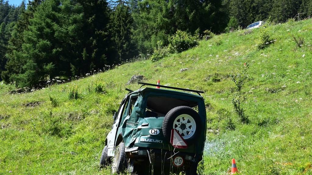 Der Motorkarren erlitt beim Sturz Totalschaden