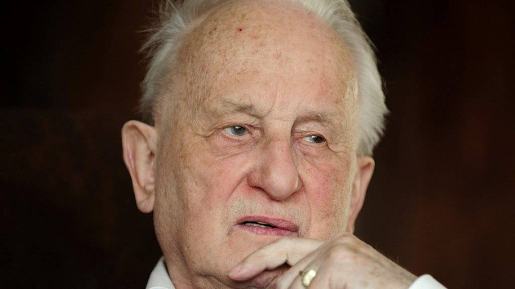 Eine neue Biografie über Rolf Hochhuth enthüllt kurz vor seinem 85sten das einst wilde Liebesleben des Autors (Archiv).