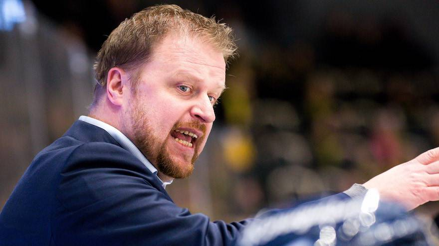 Klas Östman neuer Assistenztrainer beim EVZ
