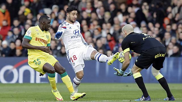 Lyons Nabil Fekir (mitte) entschied die Partie gegen Nantes