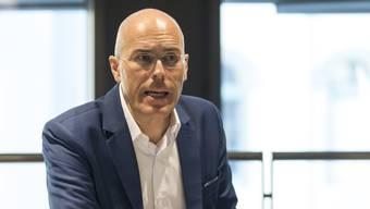 Dieter Egloff, Bankratspräsident der AKB, wehrt sich gegen Kritik der CS.