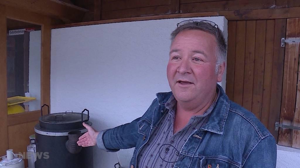 """Roland Iseli eröffnet """"Untere Gantrischhütte"""""""