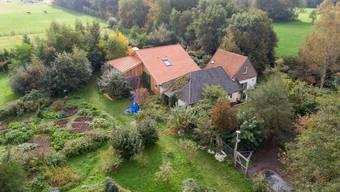 Auf diesem abgelegenen Bauernhof lebten sieben Leute neun Jahre lang in totaler Isolation.