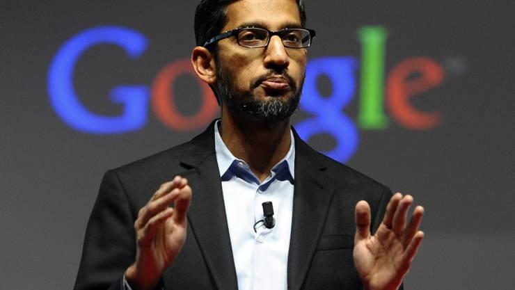 """Google-Chef Sundar Pichai warnte vor der Öffnung einer """"Hintertür"""" zu den Daten in den Smartphones. (Archiv)"""