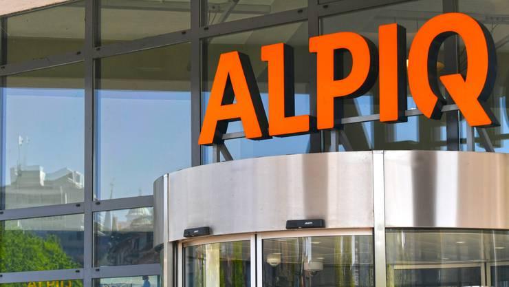 Zurzeit befinden sich 88.4% der Alpiq-Aktien im Besitz von drei grossen Konsortien: Fonds CSA Energie-Infrastruktur Schweiz, an welchem vor allem Schweizer Pensionskassen partizipieren, EOS Holding AG sowie ein Konsortium von Schweizer Minderheitsaktionären (EBL, Primeo, WWZ, Kanton Solothurn).