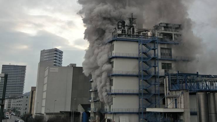 Im Februar kam es zu einer Explosion im Firmengebäude in Pratteln. Die Gemeinde hält Rohner zunehmend für ein Sicherheitsrisiko. (Archiv)