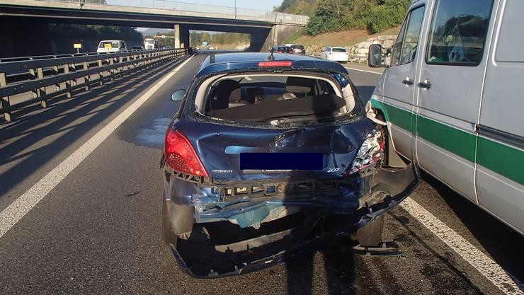 Beim Spurwechsel verursachte ein 33-jähriger Deutscher einen Unfall.