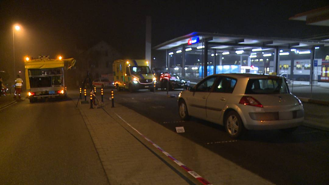 Seuzach: Fussgängerin stirbt nach Kollision mit Auto