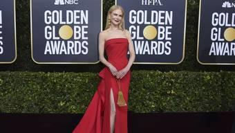 Nicole Kidman flanierte zur 77. Verleihung der Golden Globes in einem knallroten Kleid über den roten Teppich.