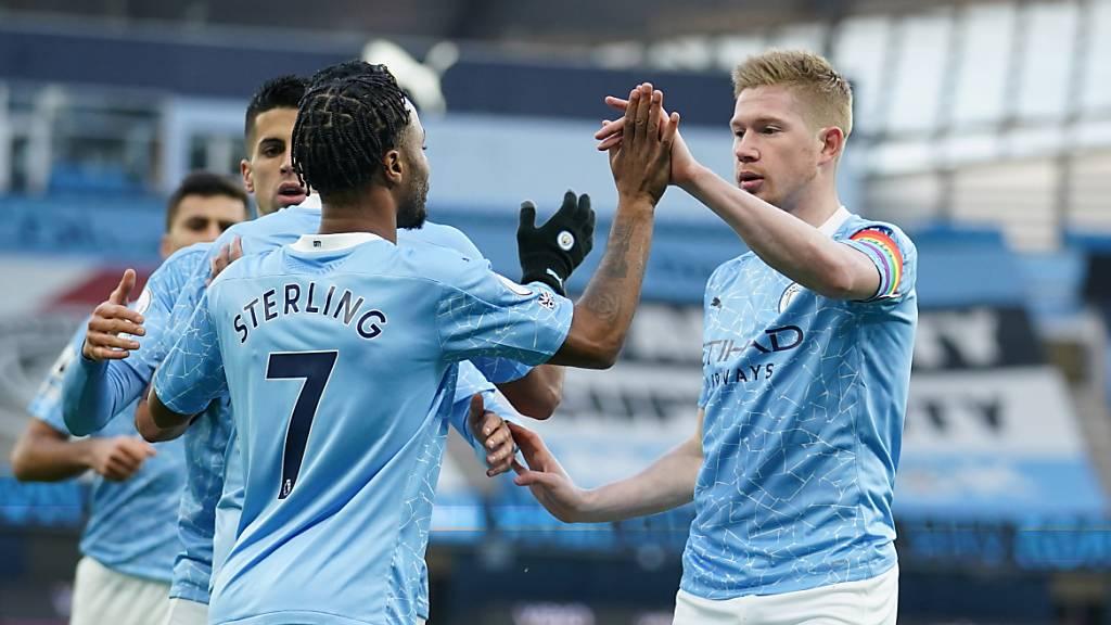 Chelsea neuer Leader - Teams aus Manchester rücken vor