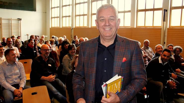 Radio- und TV-Mann Röbi Koller trat am Gipfeltreffen der Vereinspräsidenten als Gastredner auf. Auch er engagiert sich in Vereinen.